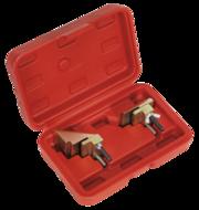 Outil pour courroies élastiques